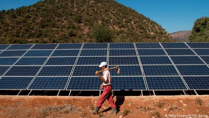 Afrika Solaranlage in Marokko (Getty Images/AFP/F. Senna)