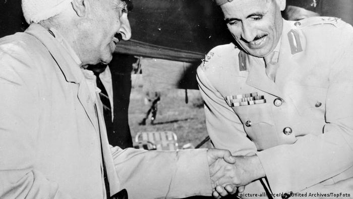 Irak Mustafa Barzani und Abdel Rahman Araf (picture-alliance/dpa/United Archives/TopFoto)