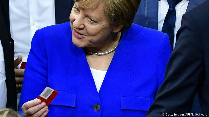 Angela Merkel im Bundestag bei der Abstimmung über die Ehe für alle