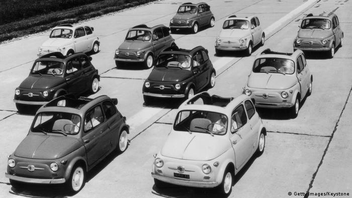 Some of the first Fiat 500s in 1957 (Getty Images/Keystone)