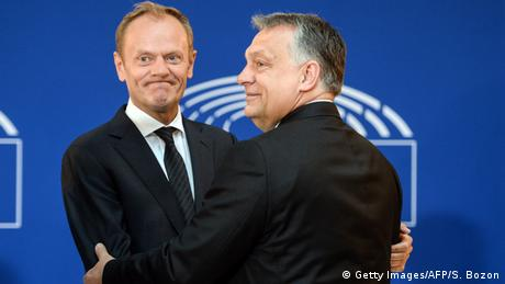 Donald Tusk and Viktor Orban (Getty Images/AFP/S. Bozon)