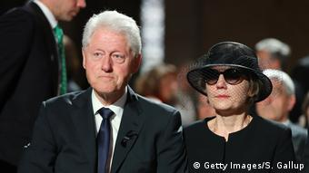 Bill Clinton und Maike Kohl-Richter (Getty Images/S. Gallup)