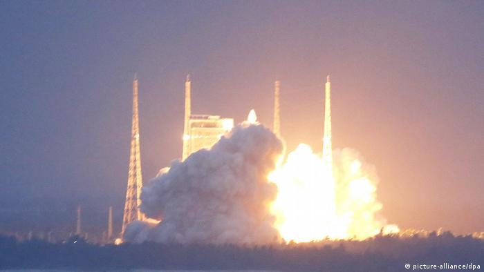 Start von China-Rakete fehlgeschlagen (picture-alliance/dpa)