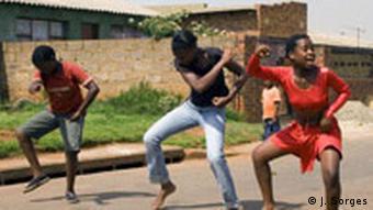 Junge Tänzer in Soweto (Foto: J. Sorges)