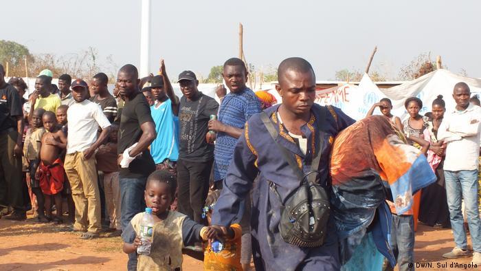 Angola Flüchtlingslager nahe Kakanda (DW/N. Sul d'Angola)