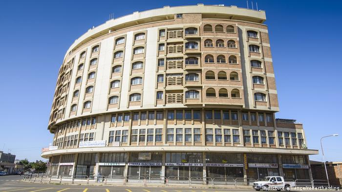 Art Deco building in Asmara (photo: picture alliance/robertharding)