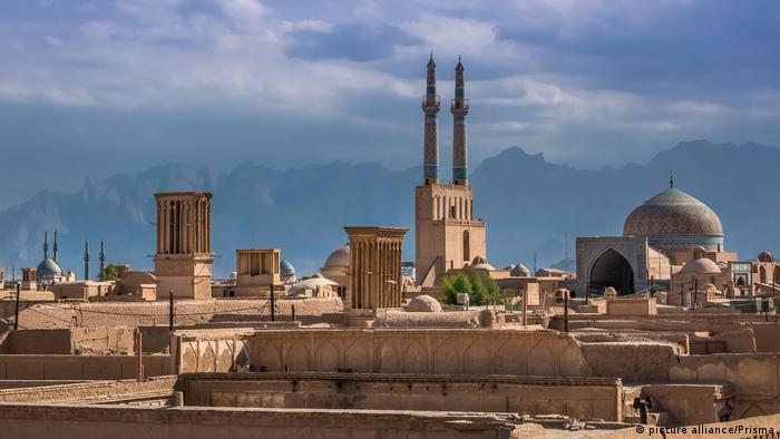 Panorama of the city of Yazd, Iran (picture alliance/Prisma)
