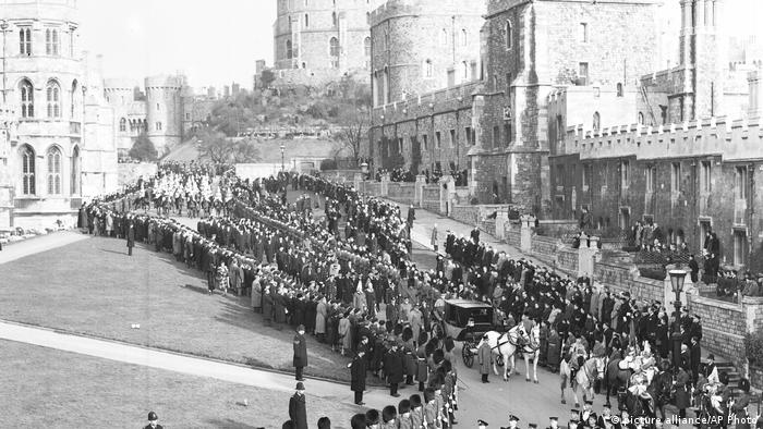 Funeral procession of King George VI at Windsor Castle