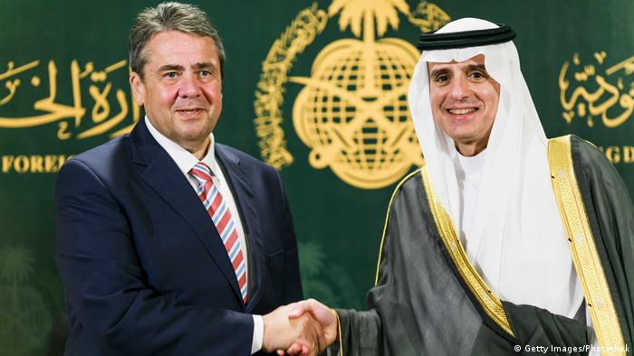 Saudi-Arabien Außenminister Sigmar Gabriel & Adel bin Ahmed Al-Jubeir in Dschidda (Getty Images/Photothek)