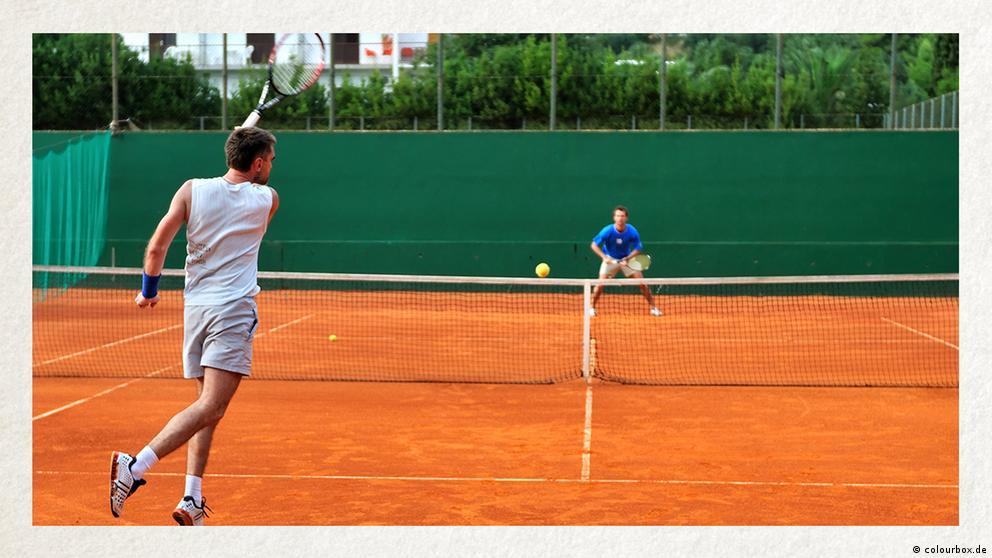 Deutschkurse   Wortschatz   WBS_Foto_Tennis
