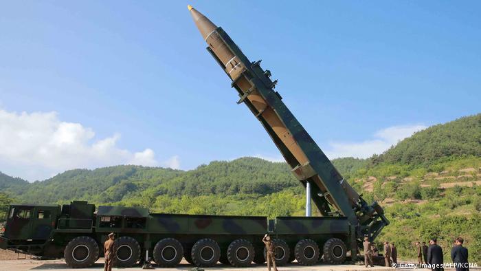 Nordkorea Raketentest Hwasong-14 (Getty Images/AFP/KCNA)