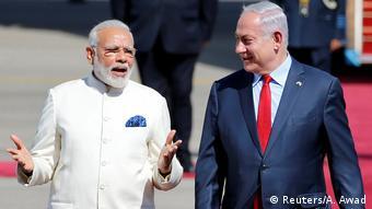 Istrael Narendra Modi und Benjamin Netanjahu in Tel Aviv (Reuters/A. Awad)