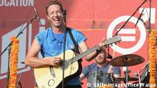 26.09.2015 NEW YORK, NY - SEPTEMBER 26: Musician Chris Martin of Coldplay performs on stage at the 2015 Global Citizen Festival to end extreme poverty by 2030 in Central Park on September 26, 2015 in New York City. (Photo by Theo Wargo/Getty Images for Global Citizen)