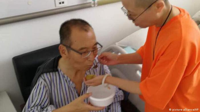 Liu Xiaobo receives medical treatment