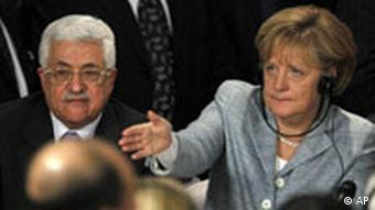 German Chancellor Angela Merkel with Palestinian President Mahmod Abbas