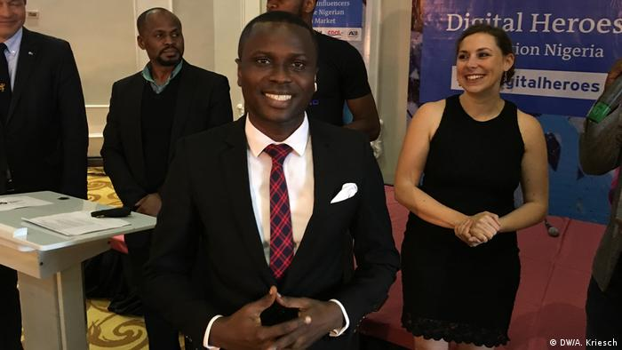Nigeria Lagos - Glücklicher Gewinner des Wettbewerbs: Solomon Sodeinde