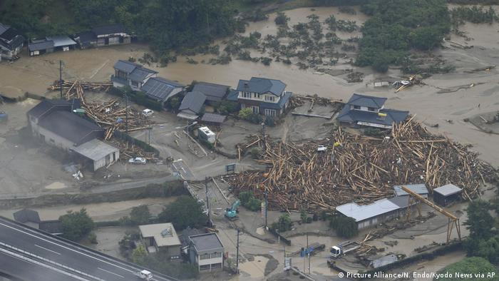 15 FEARED DEAD AFTER FLOODING IN JAPAN
