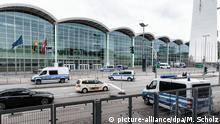 01.07.2017 *** Der Haupteingang der Hamburger Messehallen, in denen das internationale G20-Treffen stattfinden wird, ist am 01.07.2017 in Hamburg zu sehen. Foto: Markus Scholz | Verwendung weltweit