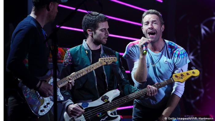 Coldplay saat tampil di Global Citizen festival G20 tahun 2017