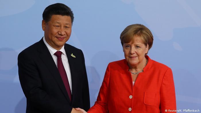 Deutschland G20 Begrüßung der Teilnehmer durch Merkel (Reuters/K. Pfaffenbach)