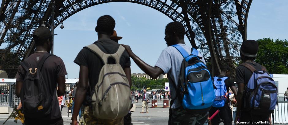 «Ξεπουλάει» η Γαλλία τα ανθρώπινα δικαιώματα;