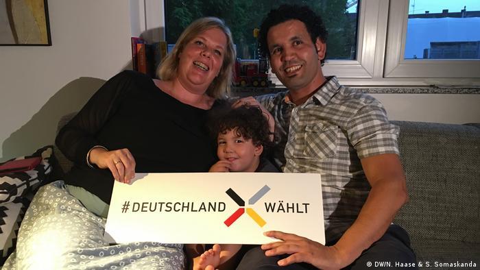 DW Sommerreise Nina Haase Teil 4 in Köln | Katharina Amoun & Youssef El Ouadoudi (DW/N. Haase & S. Somaskanda)