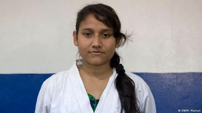 Bangladesch Karateschule in Dhaka (DW/M. Mamun)