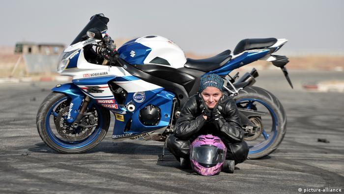 Iran, Motorad Campion Behnaz Shafiei (picture-alliance)