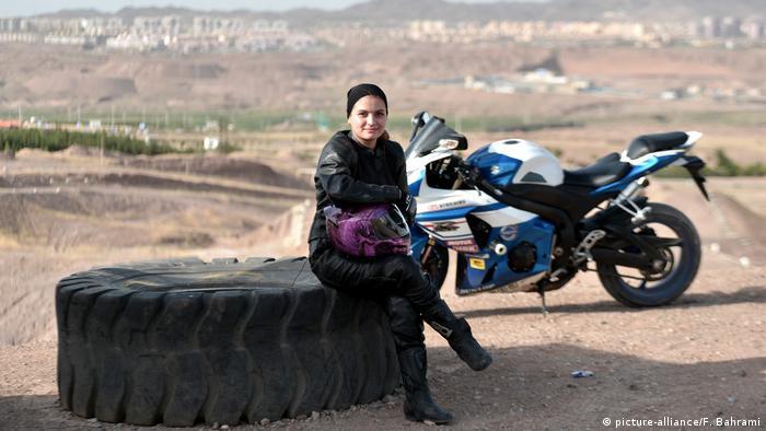 Iran, Motorad Campion Behnaz Shafiei (picture-alliance/F. Bahrami)