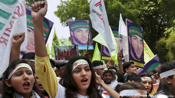 Indien Kashmir Protest (Picture Alliance/AP Photo/ K. M. Chauday)