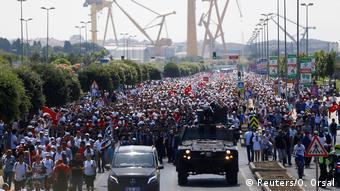 Από την Άγκυρα στην Κωνσταντινούπολη οι υποστηρικτές του Καλιτσντάρογλου τον επευφημούν