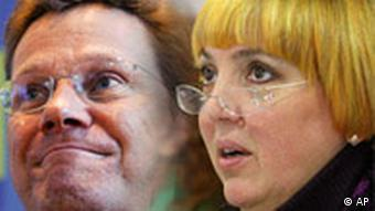 Montage of Guido Westerwelle (left) and Greens leader Claudia Roth