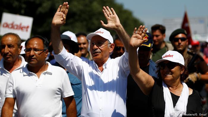 Türkei Protestmarsch Oppositionspartei CHP | Kemal Kilicdaroglu in Istanbul