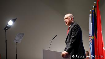 Президент Туреччини Ердоган під час прес-конференції у Гамбурзі