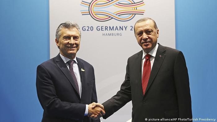 Hamburg G20 Erdogan mit Macri (picture-alliance/AP Photo/Turkish Presidency)