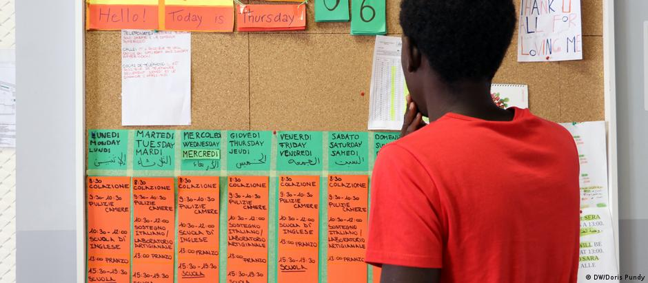 Refugiado gambiense Amadou tem cronograma cheio na Casa delle Culture, na Sicília