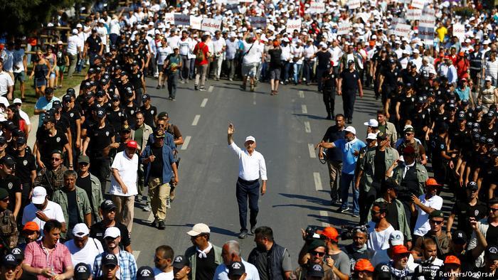 CHP lideri Kılıçdaroğlu Berberoğlu için Adalet Yürüşü başlatmıştı.
