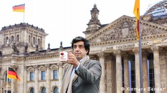Fernando Morales de la Cruz, der Begrunder von Cafe for Change, in Berlin (Xiomara Bender)