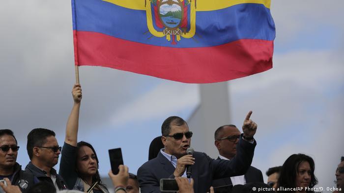 Ecuador Rafael Correa (picture alliance/AP Photo/D. Ochoa)