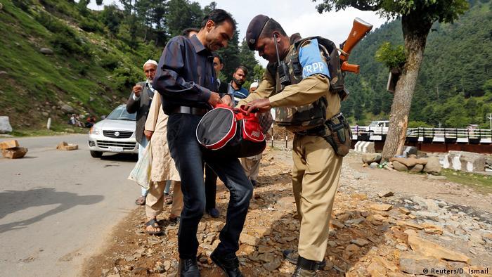 Indien Pilger in Kaschmir, Anschlag in Amarnath (Reuters/D. Ismail)