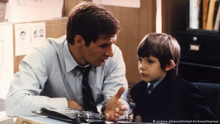 Film still from Witness - Harrison Ford (picture-alliance/United Archives/Impress)