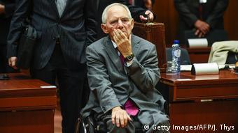 Ο Βόλφγκανγκ Σόιμπλε βιάστηκε να ανακοινώσει την έξοδο της Ελλάδας από τη διαδικασία υπερβολικού ελλείμματος - πάντως αυτή είναι προ των πυλών