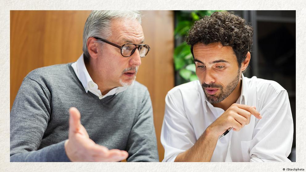Deutschkurse | Wortschatz | WBS_Foto_Dialog
