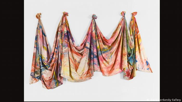 Sam Gilliam, Carousel Change, 1970 ( David Kordansky Gallery)