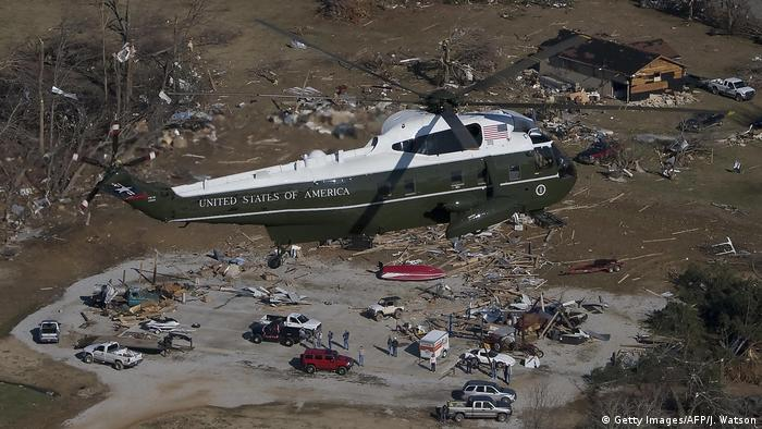 USA - Bush und Hurricane Katrina (Getty Images/AFP/J. Watson)