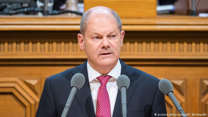 Deutschland Regierungserklärung nach G20-Krawallen vom Hamburgs OB Olaf Scholz (picture-alliance/dpa/D. Bockwoldt)