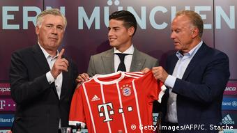 München PK James Rodriguez bei FC Bayern (Getty Images/AFP/C. Stache)
