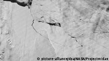 Geburt eines gigantischen Eisberges in der Antarktis