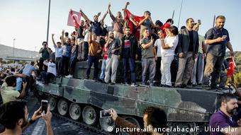 Türkei Putschversuch (picture-alliance/abaca/F. Uludaglar)