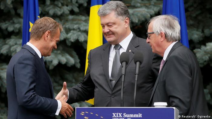 Як і торік, у саміті братимуть участь Дональд Туск, Петро Порошенко та Жан-Клод Юнкер (архівне фото)